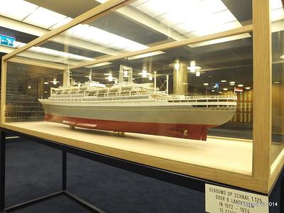 ss ROTTERDAM Model Main Lobby PDM 12-01-2014 21-23-10