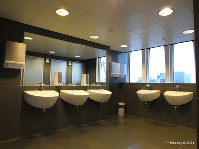 ss ROTTERDAM Ladies Room with a View PDM 13-01-2014 07-49-17