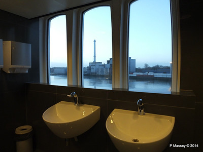 ss ROTTERDAM Ladies Room with a View PDM 13-01-2014 07-49-34