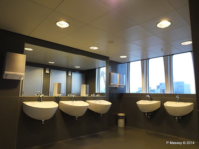 ss ROTTERDAM Ladies Room with a View PDM 13-01-2014 07-49-20
