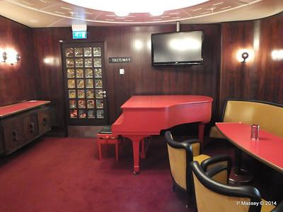 ss ROTTERDAM Ambassador Lounge PDM 13-01-2014 08-54-03