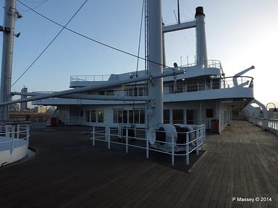 ss ROTTERDAM On Deck PDM 13-01-2014 08-44-05