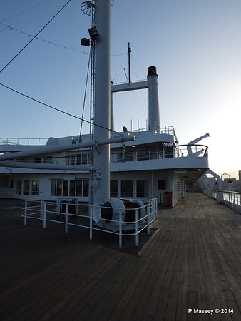 ss ROTTERDAM On Deck PDM 13-01-2014 08-44-00