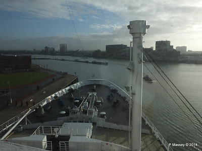 ss ROTTERDAM Bow from Bridge PDM 13-01-2014 09-55-16