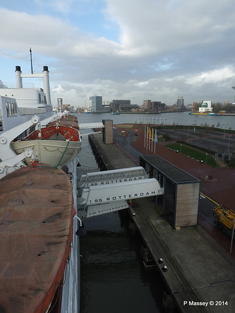ss ROTTERDAM View from Bridge Wing PDM 13-01-2014 09-52-32