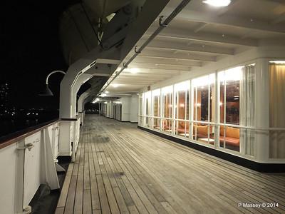 ss ROTTERDAM Promenade Smoking Room at night PDM 12-01-2014 21-27-24
