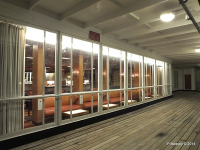 ss ROTTERDAM Promenade Smoking Room at night PDM 12-01-2014 21-29-29