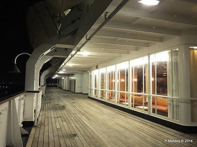 ss ROTTERDAM Promenade Smoking Room at night PDM 12-01-2014 21-27-32