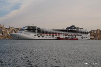 MSC POESIA Grand Harbour Valletta 24-11-2015 11-30-34