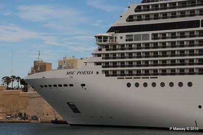 MSC POESIA Grand Harbour Valletta 24-11-2015 11-48-26