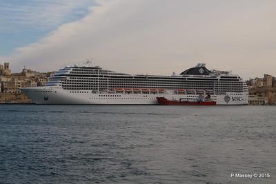 MSC POESIA Grand Harbour Valletta 24-11-2015 11-28-09