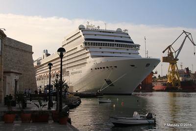MSC POESIA Grand Harbour Valletta 24-11-2015 08-47-29