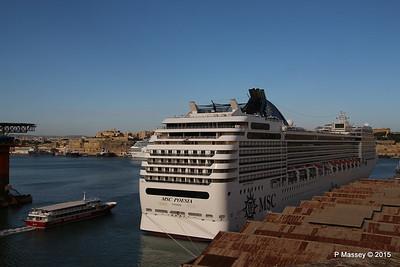 ATLANTIS MSC POESIA Valletta 24-11-2015 10-19-13