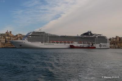 MSC POESIA Grand Harbour Valletta 24-11-2015 11-27-14