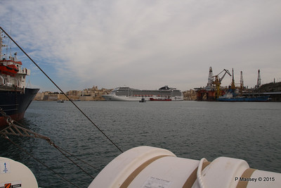 MSC POESIA Across Grand Harbour Valletta 24-11-2015 11-46-03
