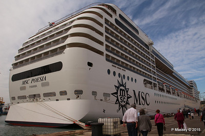 MSC POESIA Grand Harbour Valletta 24-11-2015 11-54-58