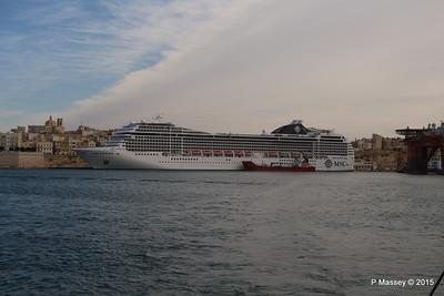 MSC POESIA Grand Harbour Valletta 24-11-2015 11-28-04