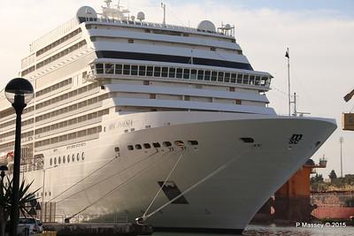 MSC POESIA Grand Harbour Valletta 24-11-2015 08-47-38