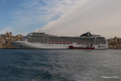 MSC POESIA Grand Harbour Valletta 24-11-2015 11-27-16