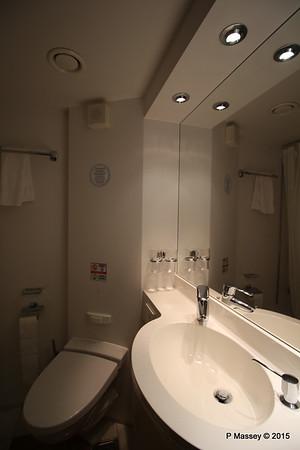 Bathroom Aurea Suite 15022 MSC POESIA 21-11-2015 16-04-58