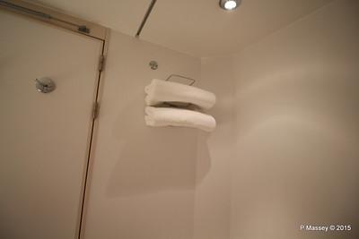 Bathroom Aurea Suite 15022 MSC POESIA 21-11-2015 16-06-55