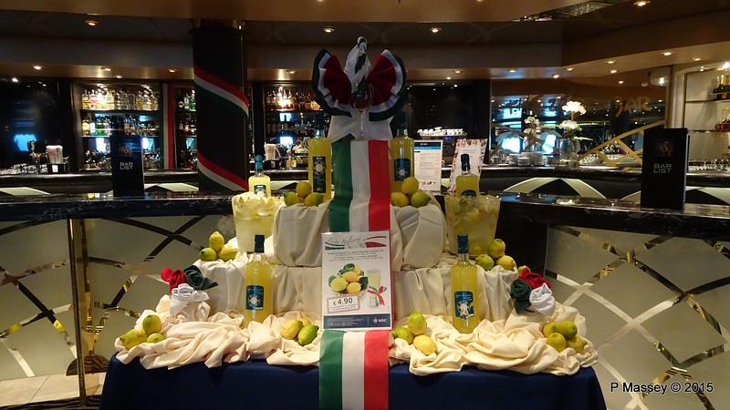 Limoncello Display Zebra Bar Italian Night MSC POESIA 03-12-2015 16-16-00