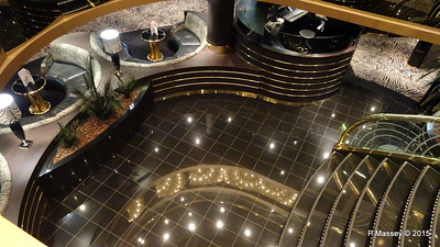 Stairs Casino Royal to Zebra Bar Deck 7 - Deck 6 MSC POESIA 27-11-2015 17-26-15