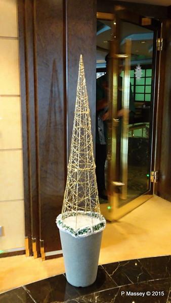 Christmas Tree Outside Sushi Bar MSC POESIA 10-12-2015 11-00-07