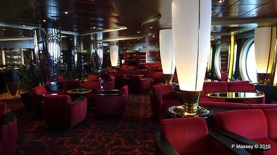 Pigalle Lounge Aft Manzoni Deck 7 MSC POESIA PDM 29-11-2015 08-13-15