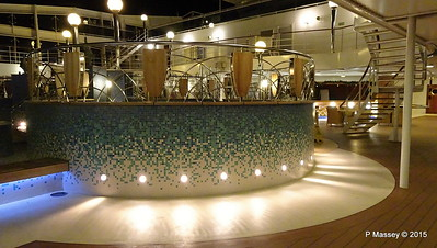 Whirlpool Coral Bay Pool Area Night MSC POESIA PDM 11-12-2015 23-02-42