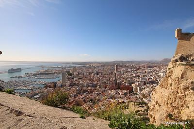 MSC POESIA & Alicante from Castillo Santa Barbara 26-11-2015 12-50-03