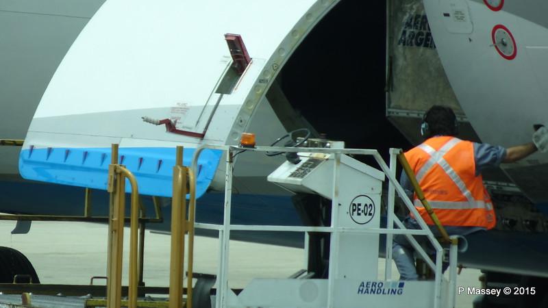 Aerolineas Argentinas A340 LV-CSD at EZE PDM 14-12-2015 12-17-05