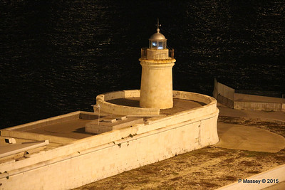 Mole Lighthouse Bari 22-11-2015 18-31-03