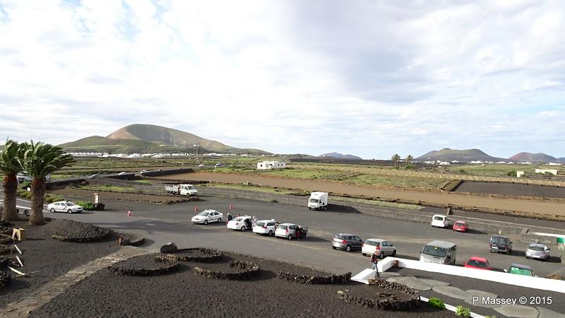 Car Park Monumento al Campesino Lanzarote PDM 30-11-2015 09-54-40