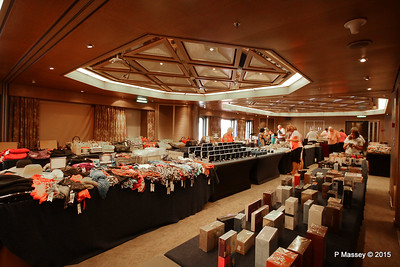 Sales Jumble in the Hudson Room Prom Deck 3 NIEUW AMSTERDAM 25-07-2015 07-19-22