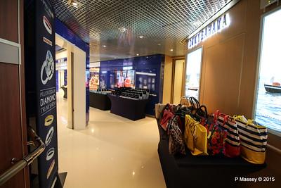 Shopping Promenade Deck 3 NIEUW AMSTERDAM 25-07-2015 14-32-34