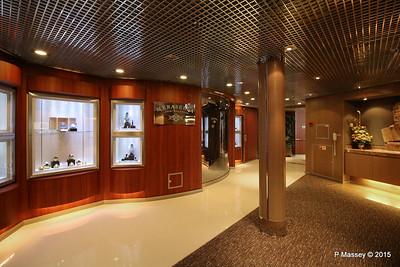 Merabella Luxury Shopping NIEUW AMSTERDAM 26-07-2015 07-05-57