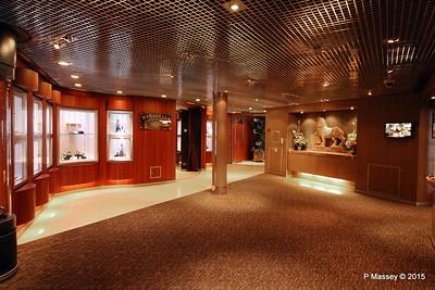 Merabella Luxury Shopping Prom Deck 3 NIEUW AMSTERDAM 24-07-2015 07-56-53