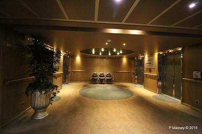 Fwd Lift Lobby Navigaton Deck 10 NIEUW AMSTERDAM 25-07-2015 14-25-43