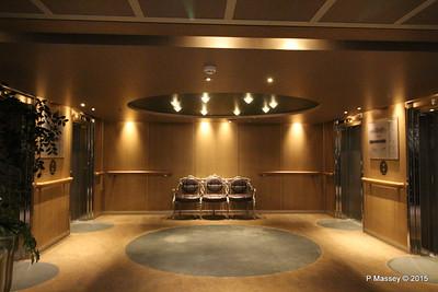 Fwd Lift Lobby Upper Verandah deck 6 NIEUW AMSTERDAM 25-07-2015 14-26-41