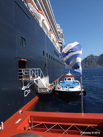 Tender MELINA alongside NIEUW AMSTERDAM Santorini PDM 18-07-2015 06-31-32