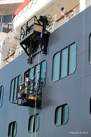 Window Washing NIEUW AMSTERDAM Santorini PDM 18-07-2015 07-29-17