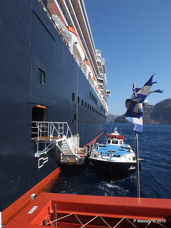 Tender MELINA alongside NIEUW AMSTERDAM Santorini PDM 18-07-2015 06-30-01