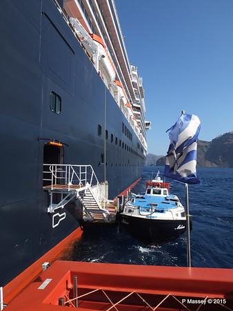Tender MELINA alongside NIEUW AMSTERDAM Santorini PDM 18-07-2015 06-30-002