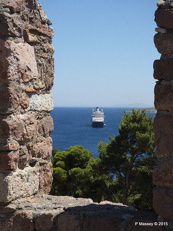 NIEUW AMSTERDAM through Castle of Mytilene South Wall Parapets 21-07-2015 11-56-21