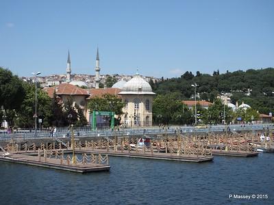 Mosque Hosgeldiniz Eyup Golden Horn Istanbul 20-07-2015 08-29-05