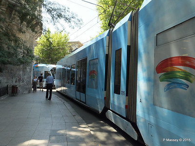 Tram Alemdar Caddesi istanbul 20-07-2015 09-44-37