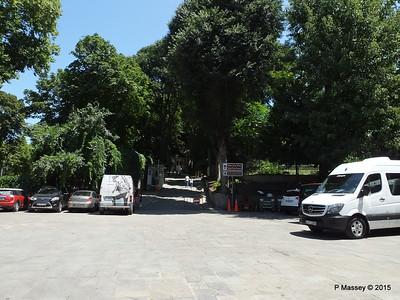 Entrance Topkapi Palace Istanbul 20-07-2015 09-46-59
