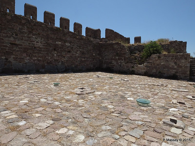 Crypt underfoot Castle of Mytilene 21-07-2015 11-50-59