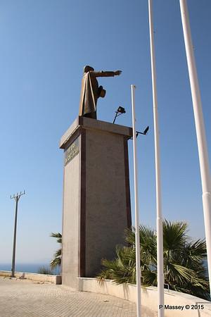 Ataturk Statue Kusadasi 22-07-2015 14-11-00